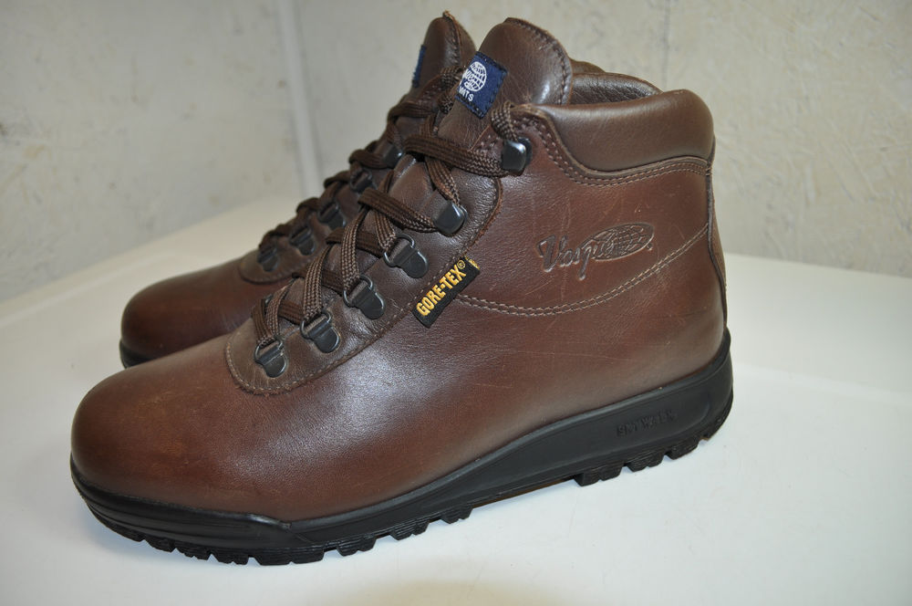 892e86a8b7890 Vasque Gore Tex Boots for under $70 - Cheap!